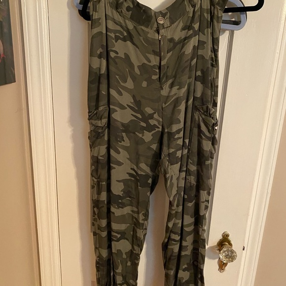 Windsor Pants - camo pants